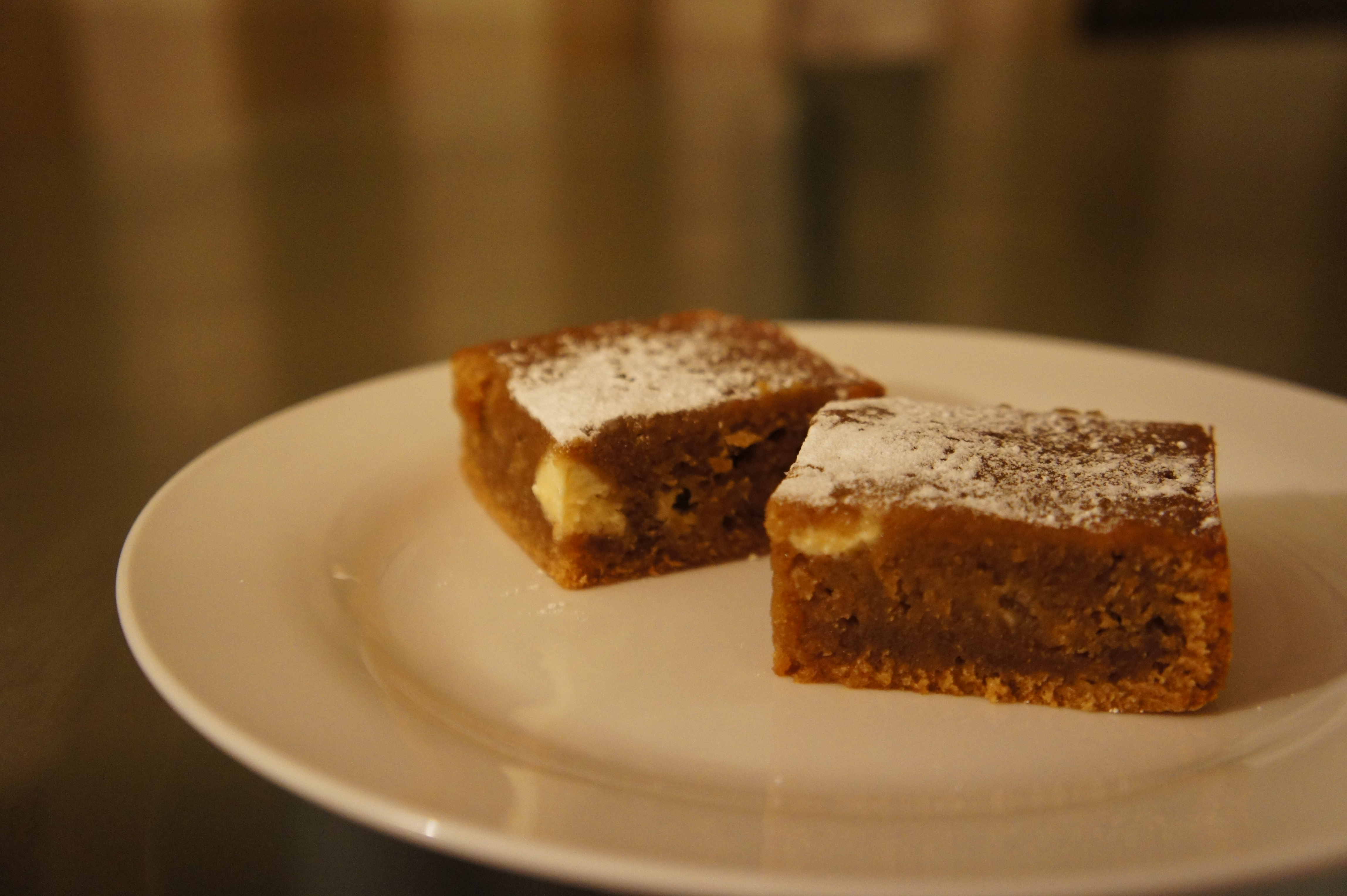 White Chocolate & Gingerbread Slice | Close Encounters of the Cooking Kind