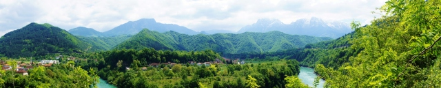 Bosnian Countryside | Close Encounters of the Cooking Kind