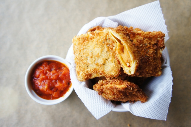 Toasted Ravioli | Close Encounters of the Cooking Kind