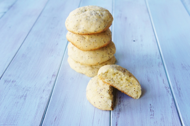 Lemon & Poppyseed Muffin Top Cookies | Close Encounters of the Cooking Kind