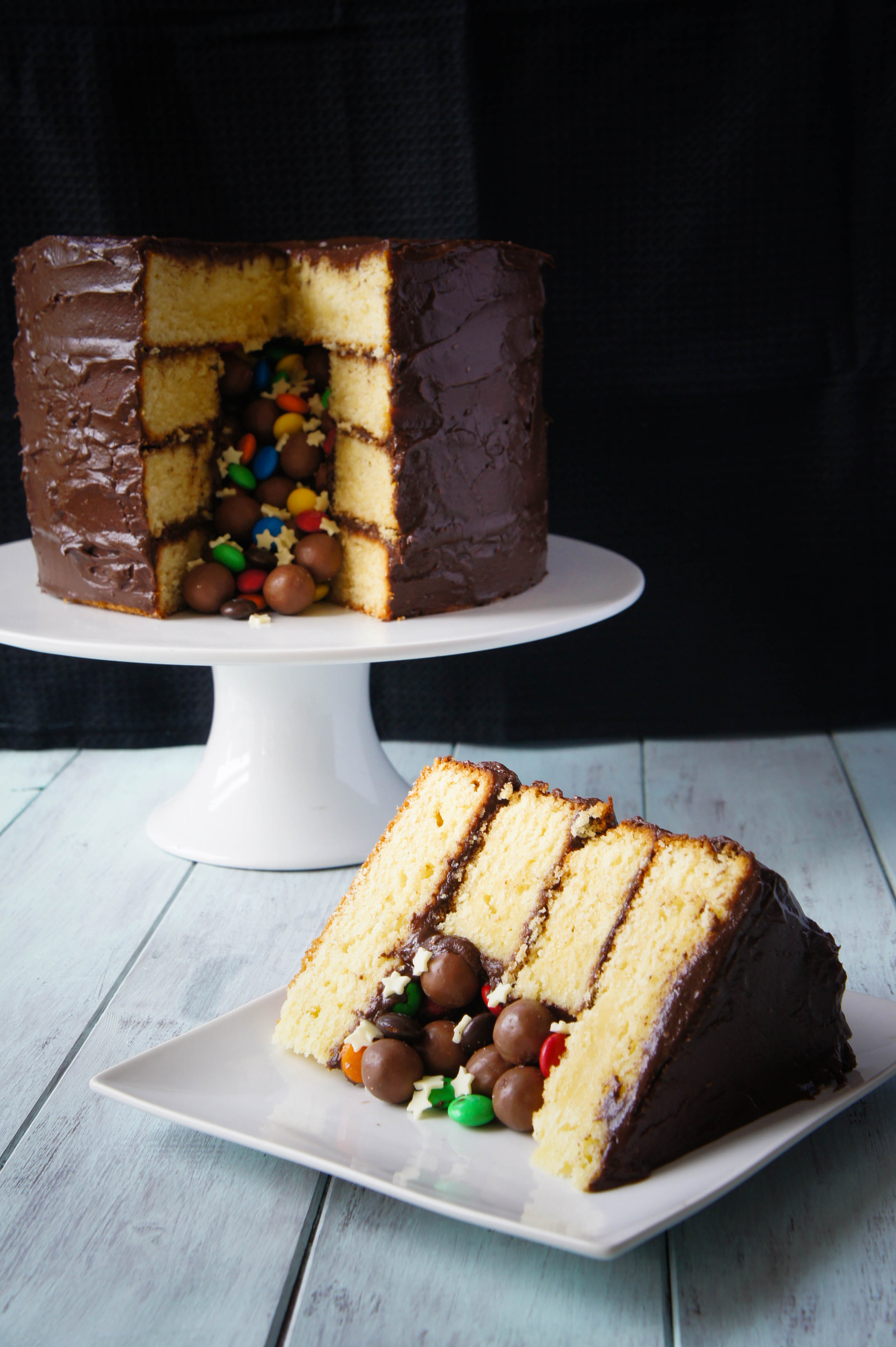 What Kind Of Icing To Stack Cake Layers