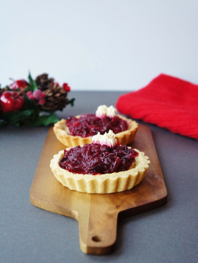 Cranberry Mascarpone Tarts | Close Encounters of the Cooking Kind