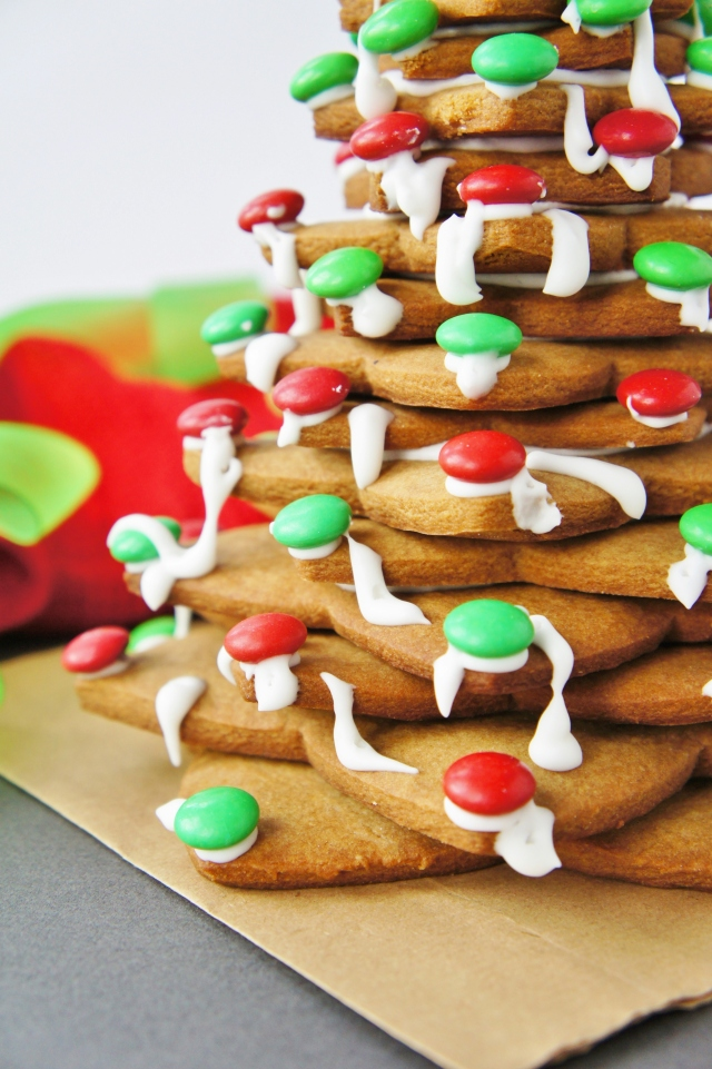 Gingerbread Christmas Tree | Close Encounters of the Cooking Kind