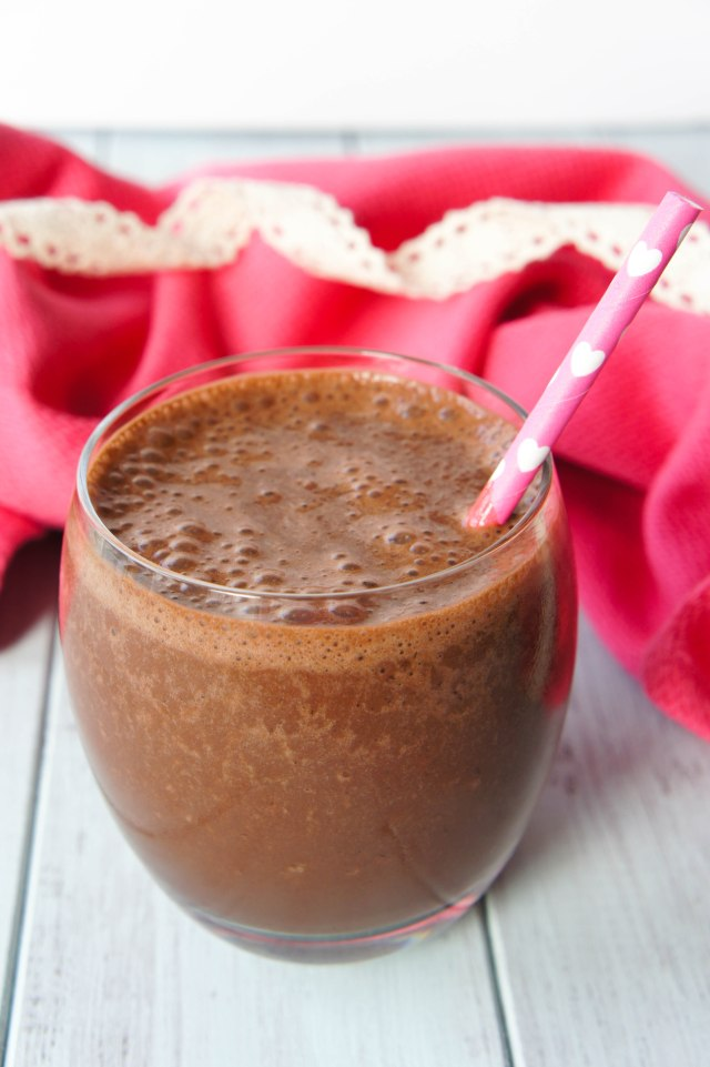 Healthy Chocolate Smoothie | Close Encounters of the Cooking Kind