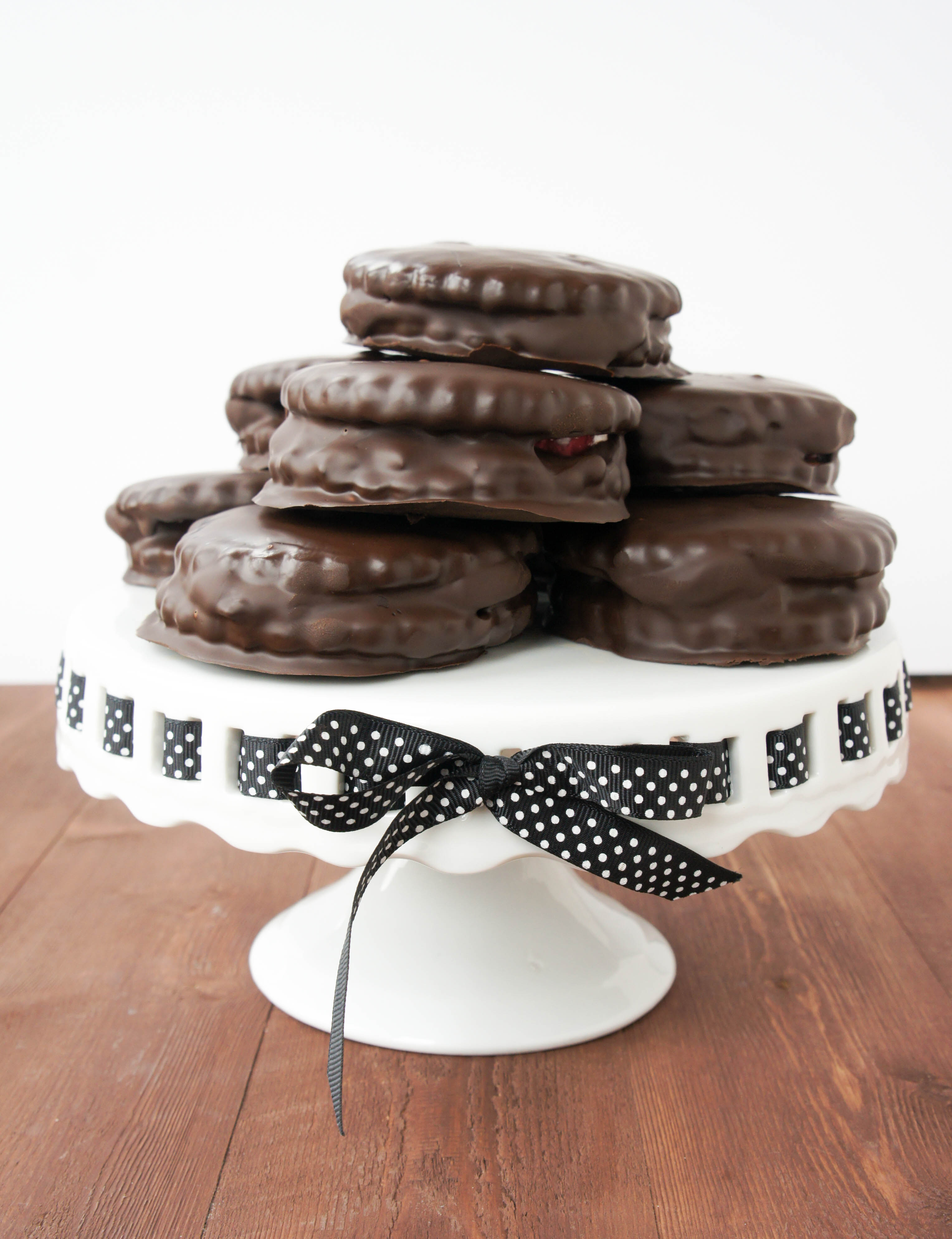 Wagon Wheels Australian Biscuit Series Part 4 Close Encounters Of The Cooking Kind