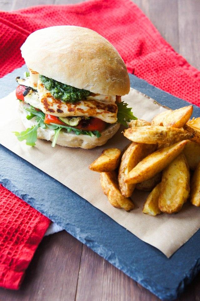 Pesto & Haloumi Veggie Burger | Close Encounters of the Cooking Kind