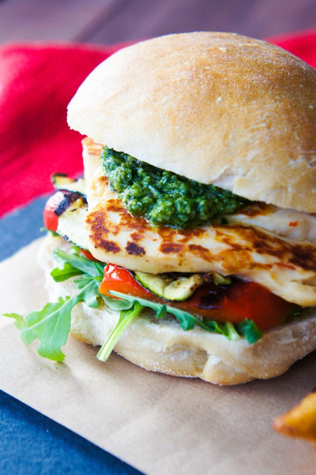 Pesto & Haloumi Veggie Burger | Close Encounters of the Cooking Kind