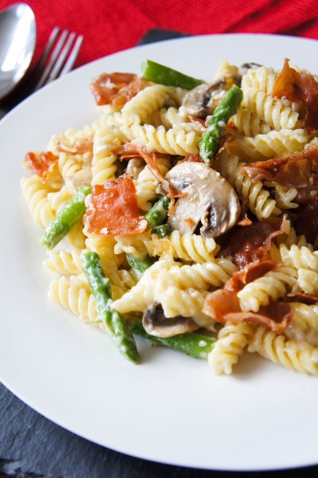 Lemon, Asparagus, Mushroom & Crispy Prosciutto Pasta   Close Encounters of the Cooking Kind