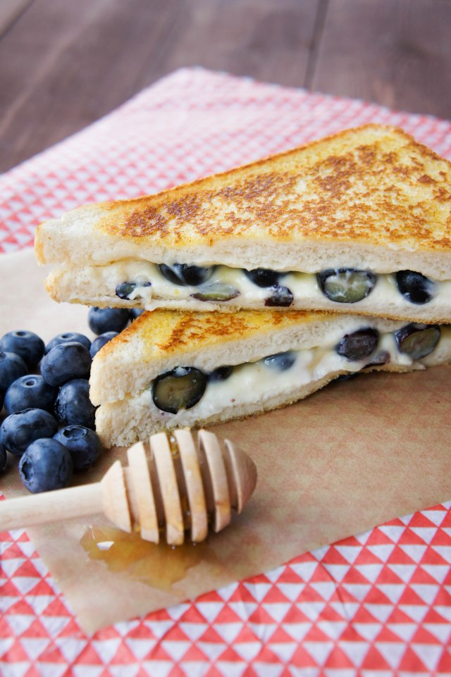 Blueberry, Lemon & Ricotta Toasted Cheese Sandwich   Close Encounters of the Cooking Kind
